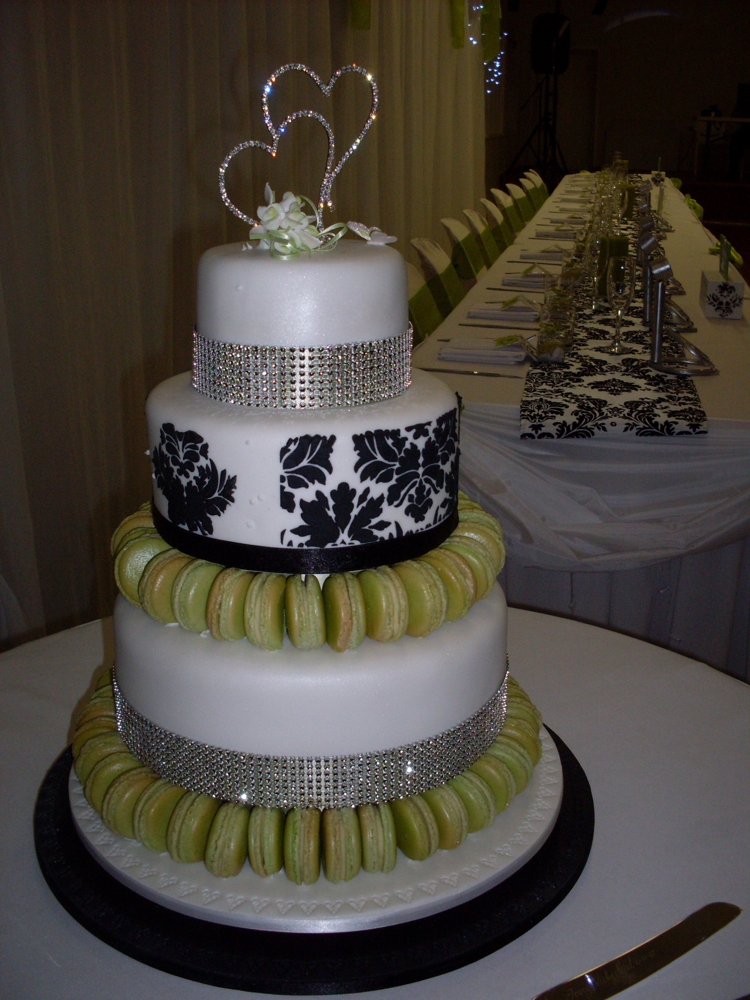 Cake Decorating Course Toowoomba : Magnificent Nine Wedding Cakes Toowoomba